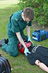 Cumbria to host new paramedic training course http://www.cumbriacrack.com/wp-content/uploads/2017/01/Paramedics-learning-their-skills.jpg The shortage of paramedics in Cumbria has prompted academics at the University of Cumbria and the North West Ambulance Service to collaborate    http://www.cumbriacrack.com/2017/01/25/cumbria-host-new-paramedic-training-course/