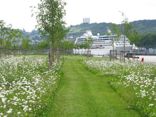 landarchs.com - Presqu'île Rollet Park Recaptures The Seine Banks