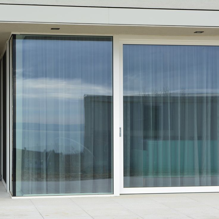 Forget about the compromises, dare to dream! Request a quote for the Janko lift and slide door today!