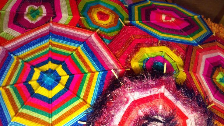 Akinajka Art For Kids: Kolorowe mandale strukturalne z włóczki - cd.