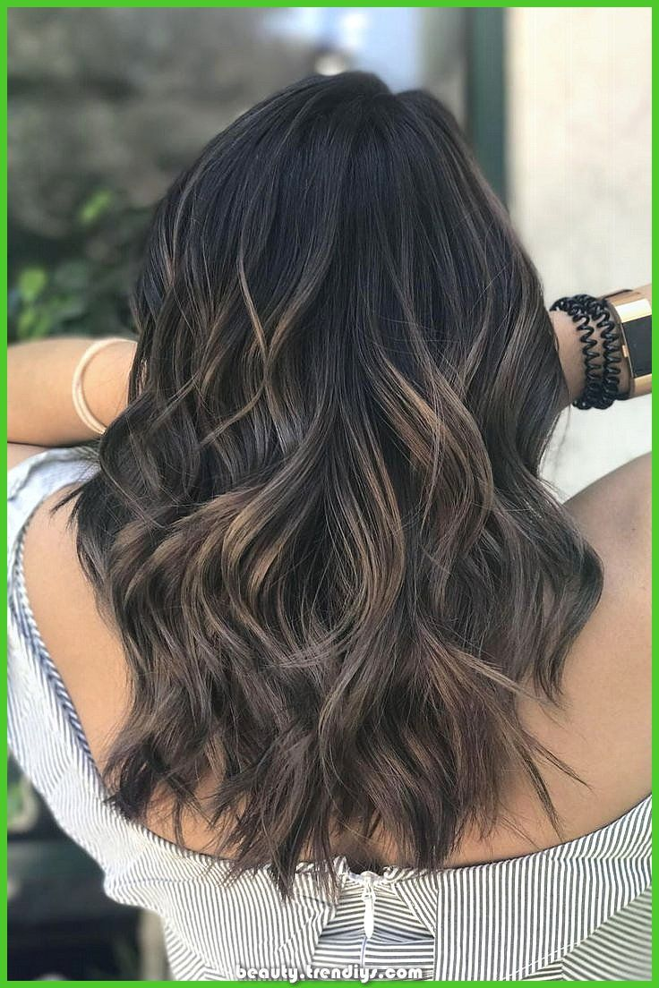 Brown mushroom hair is in style, and is way prettier than it appears #appears #brown #mushroom #prettier #style  Inventive and Nice Darkish balayage | ...