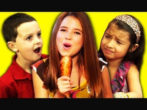 KIDS REACT TO IT'S THANKSGIVING (Nicole Westbrook)