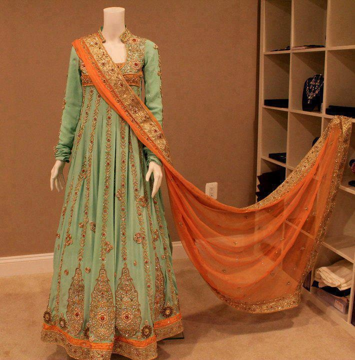 mint and orange. BREATHTAKING. as of 05/21/12 this is my favorite outfit EVER
