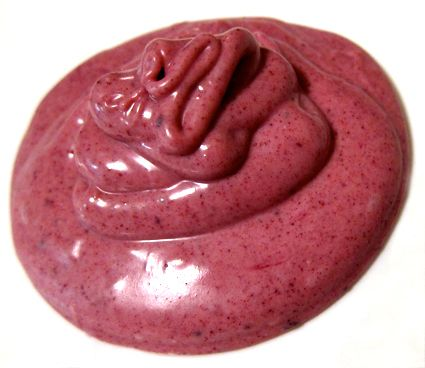 Tips for using beetroot powder as a natural food coloring in baking