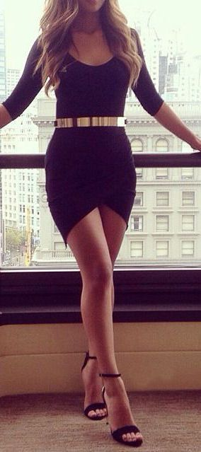 Asymmetric Bodycon Dress // #lbd