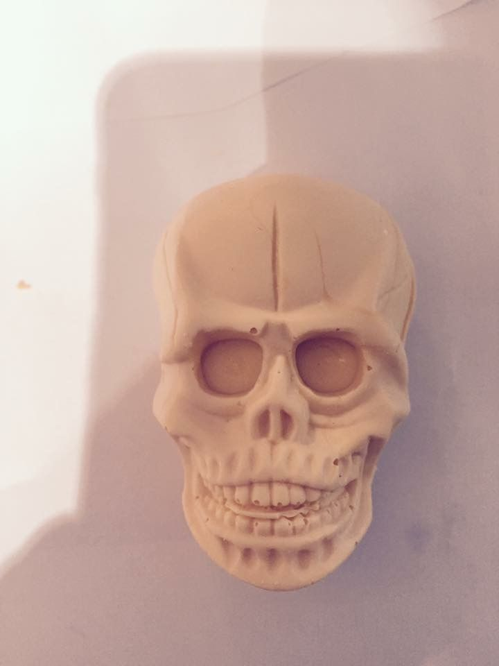 Halloween skulls, made from chocolate, check out Ashleigh's chocolate delights on Facebook x
