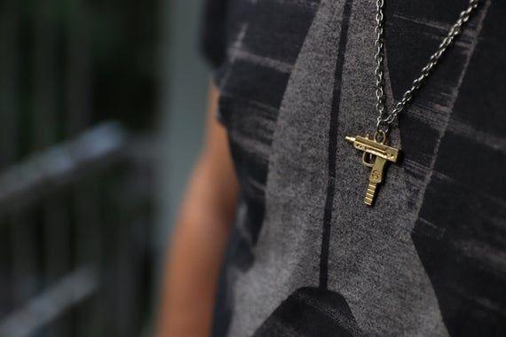14K Gold Uzi Waffe Anhänger, Gold Waffe Stil, # Schmuck # Halsketten @EtsyMktgTool #e …   – Steampunk  design & jewelry