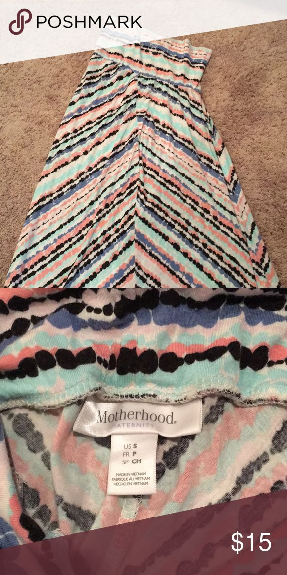 Maternity Maxi Skirt Long, flowy, and super comfy maxi skirt (or dress). Great for maternity or post partum! Great condition! Motherhood Maternity Skirts Maxi