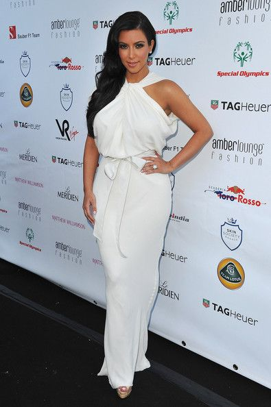 Find More Celebrity-Inspired Dresses Information about Free shipping Kim Kardashian high collar evening dress celebrity 2012 designer white sheath dress for sale,High Quality dress patterns sale,China dress sleeveless Suppliers, Cheap free shipping bridesmaid dresses from Suzhou Babyonline Dress Store on Aliexpress.com