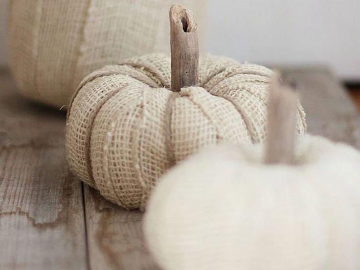 Tutoriale DIY: Cómo hacer calabazas decorativas con papel higiénico vía…