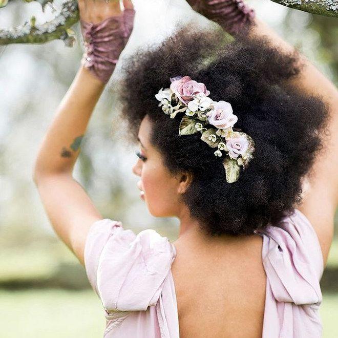 Você é linda e a pessoa que escolheu casar com você já sabe disso. No grande dia, nada de escovas, nem penteados elaborados –...