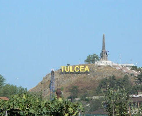 Am ales sa vorbesc despre Tulcea deoarece este orasul din care sunt de 18 ani si inca sunt fascinata de atractiile lui. Mai nou e deschis si cel mai mare acvariu din Europa de Est, care merita vizitat.