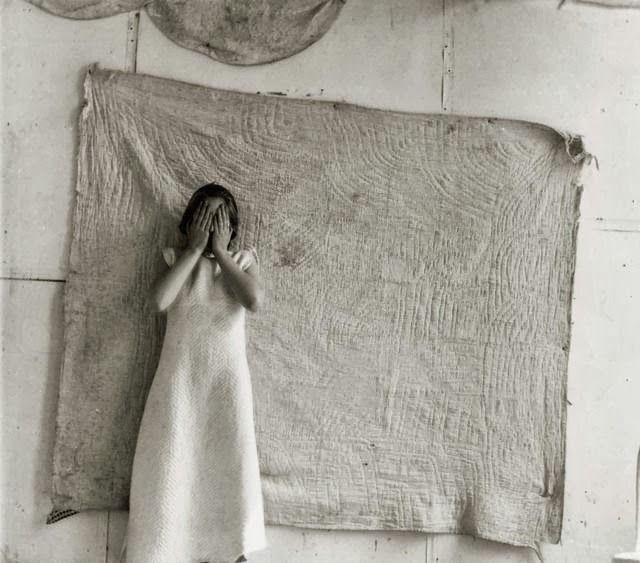 francescawoodmanphoto: Francesca Woodman.  1976-1977 Untitled, Providence, Rhode Island.