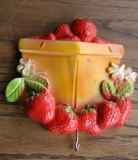strawberry kitchen accessories strawberry basket wall decoration chalk plaque with by 2578