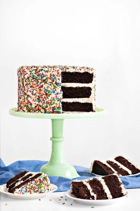 24 hausgemachte Geburtstagstorte Ideen – Einfache Rezepte für Geburtstagstorten – Landleben …   – Birthday cakes