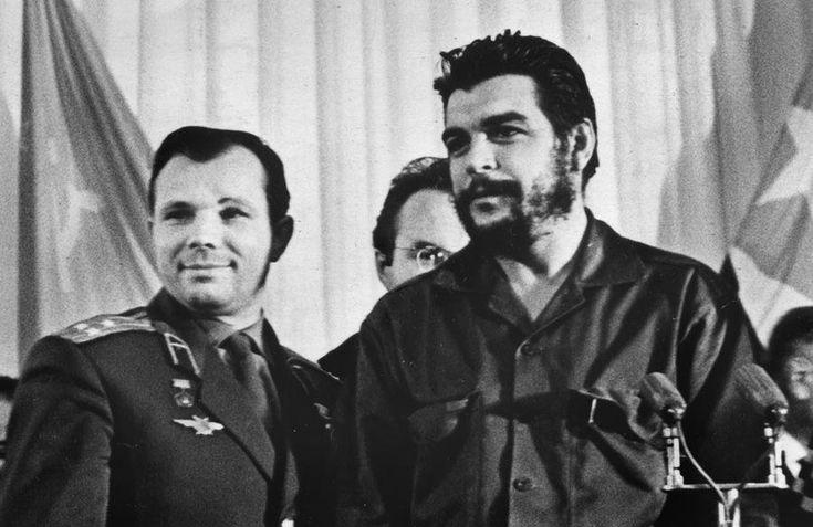 Юрий Гагарин и Эрнесто Че Гевара. Москва, РСФСР, СССР. 1964 год.