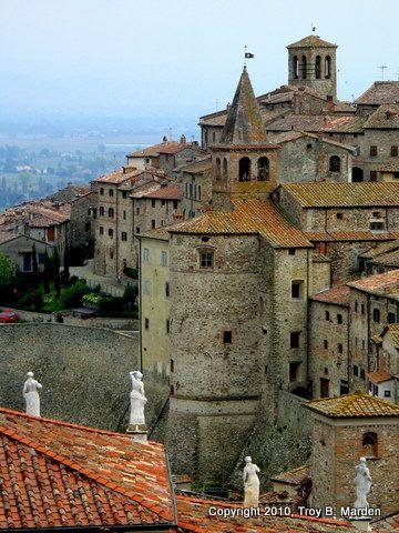 Medieval walled town on Anghiari, Arezzo, Tuscany