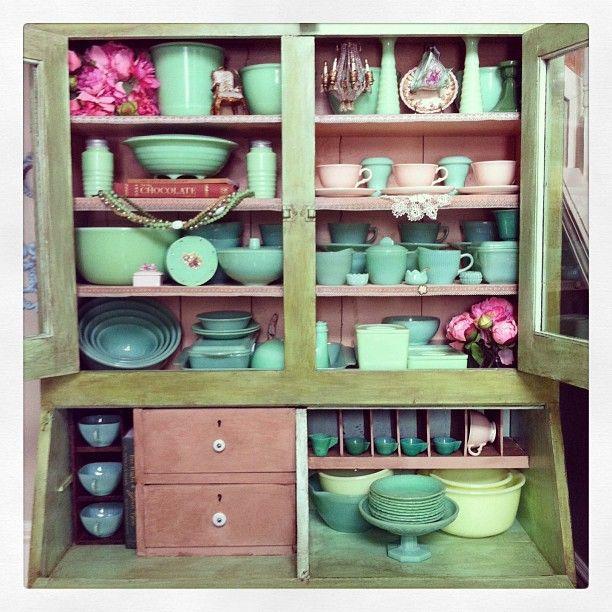 "71 Likes, 20 Comments - Melissa Ashley (@jadeitejunkie) on Instagram: ""Part of my Collection #jadeite #fireking #mckee #jeannette #vintage #glassware #green #mypassion…"""