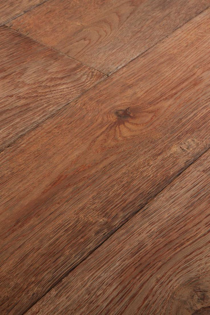 Weathered Red. A tropical beach hut. A door bangs. Sand on the floor and between your toes. Who could resist this? Chapel Parket wooden flooring.