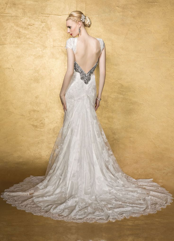 Yumi Katsura Wedding Dresses With Luxurious Swarovski Crystals. http://www.modwedding.com/2014/01/31/yumi-katsura-wedding-dresses-with-swarovski-crystals/ #wedding #weddings #fashion