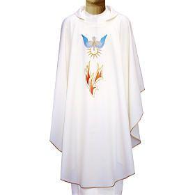Casulla 100% poliéster llamas y Espíritu Santo