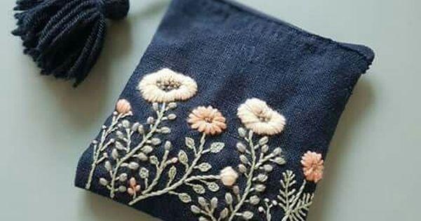 Reciclar mezclilla y bordar flores. | Bags | Pinterest | Smalls, Ies and Bordar
