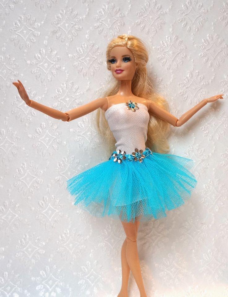 Šaty+pro+baletku+Baletka+s+nadýchanou+tylovou+sukní,+bez+zapínání+natahovací+šaty.Šaty+jsou+určeny+pro+klasické+barbínky+s+nožkami+z+tvrdého+platu+-+lépe+se+natahují+a+nelepí+se+na+nožky.