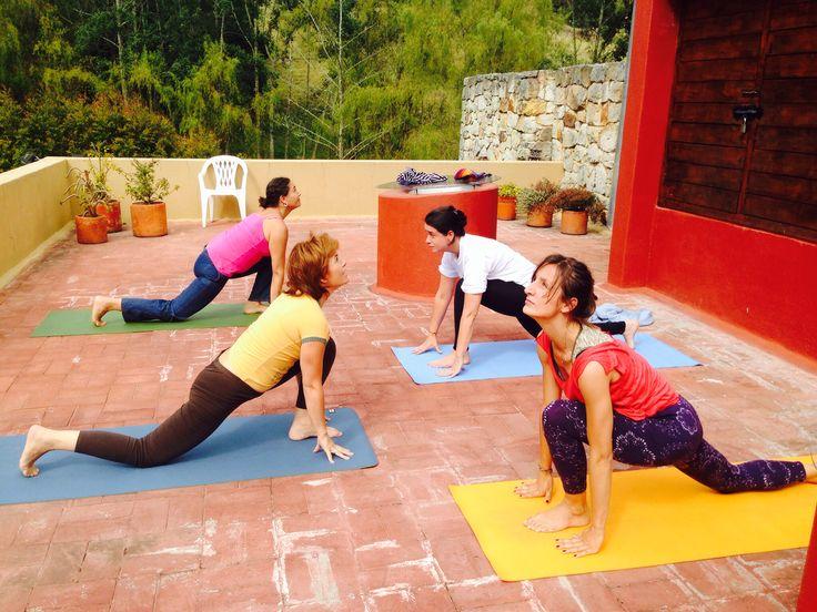 Practica de yoga en  INSPIRA