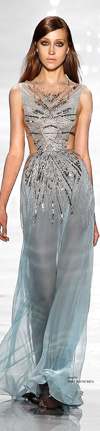 #NYFW Reem Acra Spring 2015 RTW I'd love to see this gown with the legs and waist covered,  instead of exposed..make it more vintage...otherwise it,s exquisite