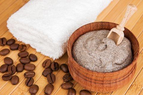 Honig-Gesichtsmaske mit Kaffee (regenerierende Wirkung) selber machen - Rezept und Anleitung