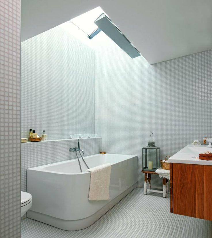 Moderne bad med overlys