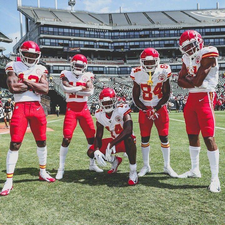 Kansas City Chiefs On Instagram It S Gonna Be A Showdown In Motown Kcvsdet Sunday Noon On Fox Kansas City Chiefs Motown Chiefs Football
