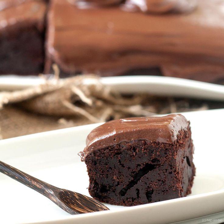 (Ver)oordeel dit recept niet, maar probeer de chocoladecake met mayonaise uit. Je zal versteld staan. Je proeft de mayonaise niet in deze supersmeuïge cake.