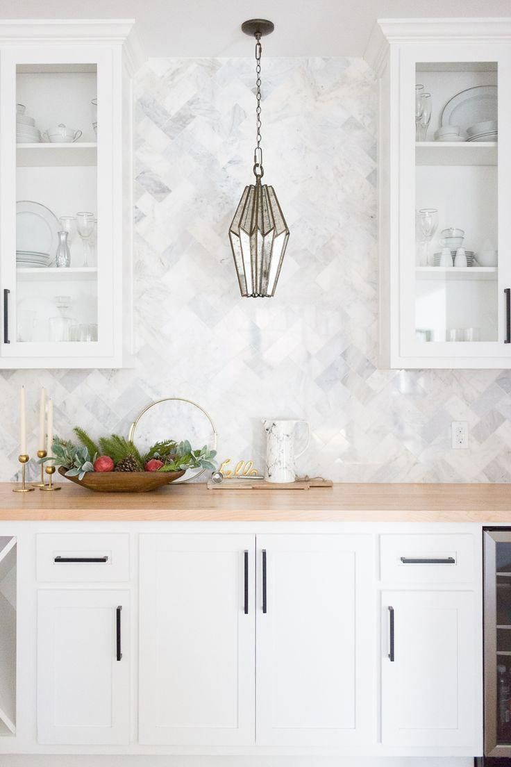 Tulsa Remodel Reveal Modern White Farmhouse With Images Backsplash For White Cabinets Modern Kitchen Backsplash Kitchen Cabinet Design