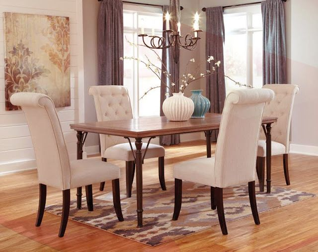 Looking for #furniture that'll accommodate your guests for the #holidays? Whether you're in the market for a new #dining set, or you want to spruce up your own, take into account both timeless classics, and recent #trends. Read our blog for more information.