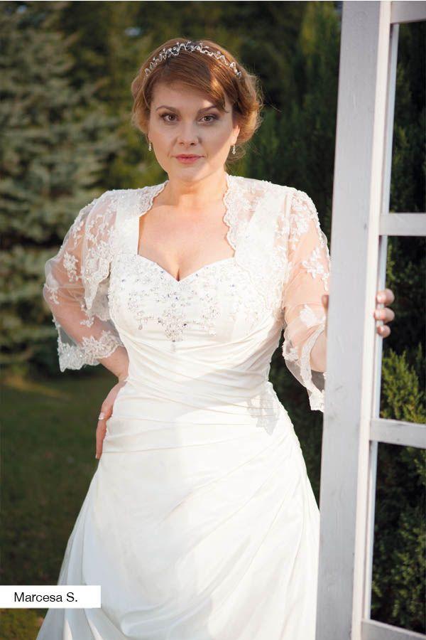 Brautkleid Marcesa aus der Lohrengel Brautmoden Kollektion Molly Monroe 2015 :: plus size bridal dress from the 2015 Molly Monroe Collection by Lohrengel