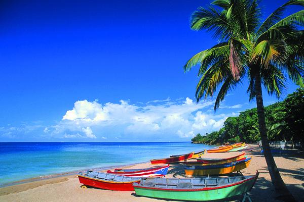 Beach Scene : Crash Boat, Aguadilla, PR. One of my favorite beaches, weppaaa, Aguadilla where I was born.