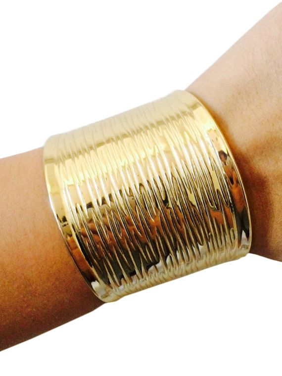 Fitbit Bracelet for Fitbit Flex - GABRIELLA Gold Cuff Fitbit Bracelet - FREE SHIPPING  | FUNKtional Wearables Fitbit Jewelry and Fitbit Accessories