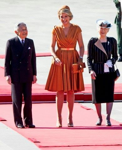 Queen Maxima of The Netherlands is welcomed by Emperor Akihito and Empress Michiko of Japan at the Imperial Palace in Tokyo, Japan, 29.10.2014.