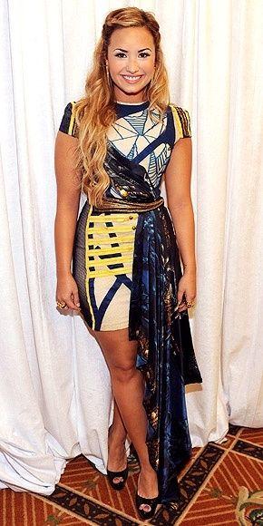 Demi Lovato: Demilovato, Hair Beautiful, Girls Crushes, Fashion Style, Crazy Dresses, Devonn Lovato, Demi Lovato, The Dresses, Lovato Photos