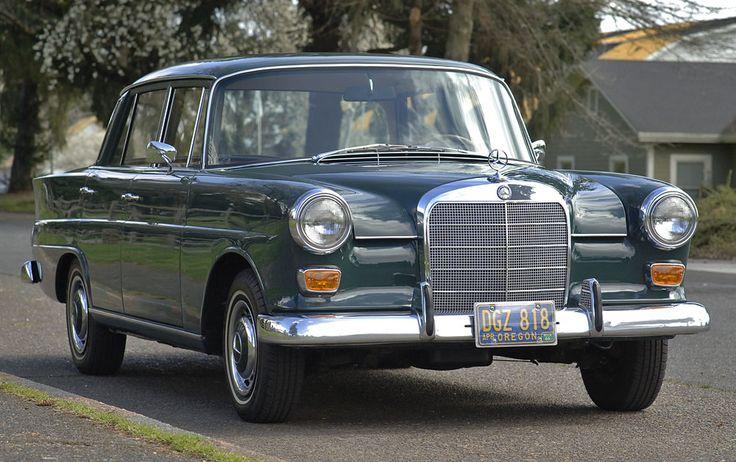 1966 Mercedes 200 Heckflosse http://www.windblox.com/ #windscreen #Windblocker #WindDeflector #Windstop