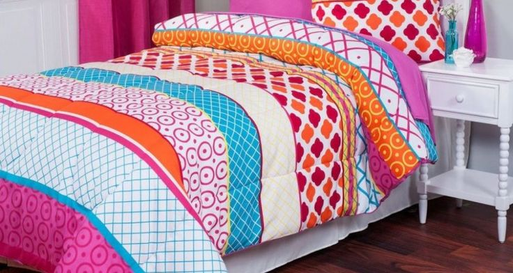 Really Wonderful Pretty Colorful College Dorm Room Bedding