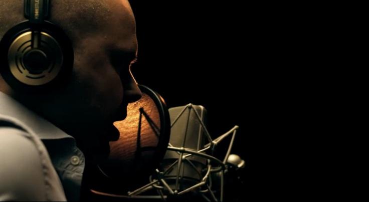 """Juan Magán en un momento del videoclip """"Te Voy a Esperar"""", tema principal de la película """"Las Aventuras de Tadeo Jones"""", interpretado por él y la cantante Belinda. Más en http://www.facebook.com/tadeojones"""