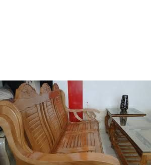 Chất liệu bộ bàn ghế phòng khách Salon gỗ sồi Nga Gỗ sồi Nga đã tẩm sấy, không cong vênh, không mối mọt; - Kích thước bộ bàn ghế phòng khách : Ghế băng dài 1850 x 650 x 400 (mm) 02 ghế đơn 840 x 650 x 400 (mm) Bàn chính 1100 x 550 x 500 (mm) Bàn phụ: 550 x 550 x 500 (mm) - Màu sắc bàn ghế phòng khách Phun sơn gỗ PU cao cấp 03 lớp tạo độ bóng đẹp, tăng tuổi thọ cho gỗ, chống bám bụi và giảm trầy xước do va chạm
