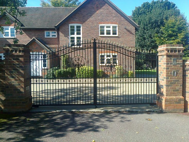 17 Best Images About Wrought Iron Gates On Pinterest