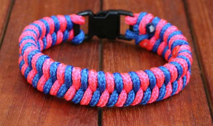 Teen Summer Crafts: Paracord Bracelet : Thursday, June 26, 2014 at 2:35pm - Find your own way by creating your own paracord bracelet. This camo-printed compass Paracord craft is great for ages 11 and up! Supplies limited, registration is required! Limit 12.