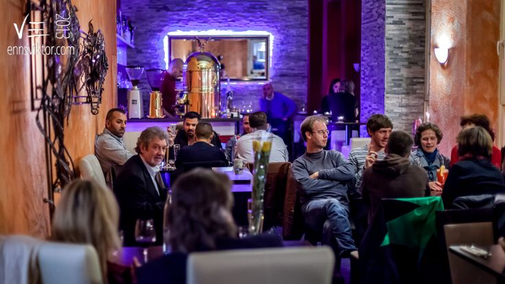 Tbilissi - georgisches Restaurant, Lounge, Saarbrücken, Viktor Enns Fotografie 2013