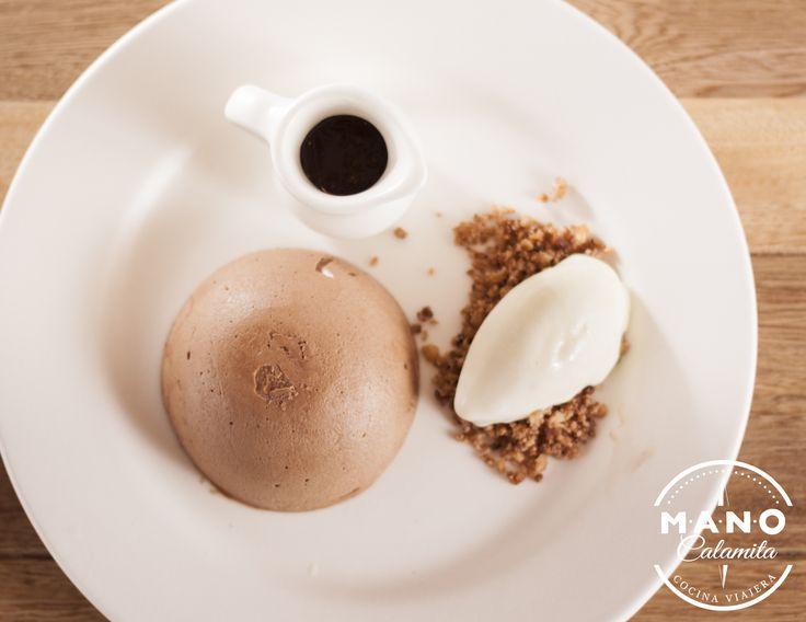 """AMOR DE VERANO   """"Cremoso de chocolate malteado, acompañado de helado de la casa y tierra de chocolate"""""""