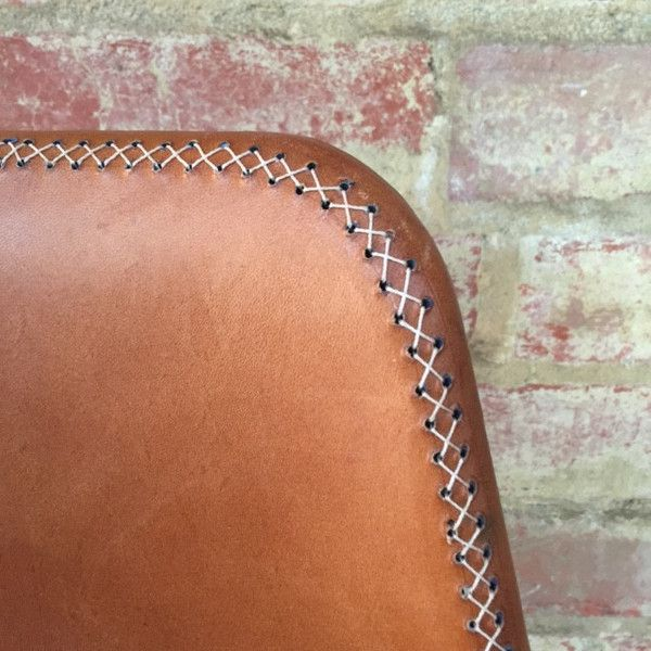 Vintage and industrial style seating perfect for cafes, restaurants, the home and the office. Brought to you by Mulbury