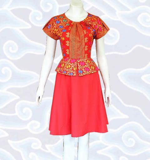 baju modern batik dress wanita warna merah cerah DM87 bahan katun motif prodo keren lebih lengkap di http://senandung.net/baju-dress-batik-modern/
